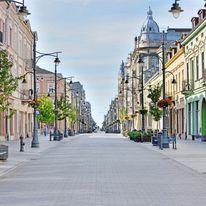 Polskie miasta - dlaczego się wyludniają?