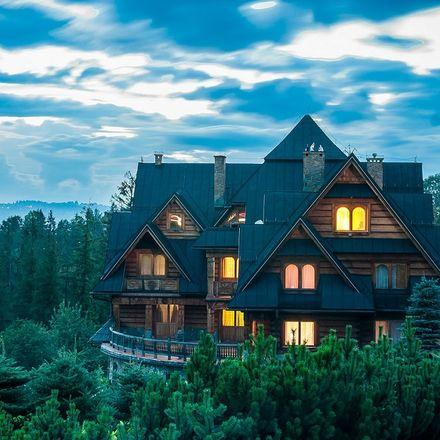 Lasy Państwowe będą budować drewniane domy pod wynajem