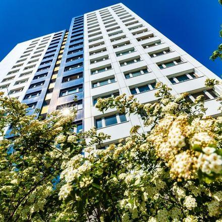 Wysoki budynek - fakty i mity o mieszkaniu w wieżowcu