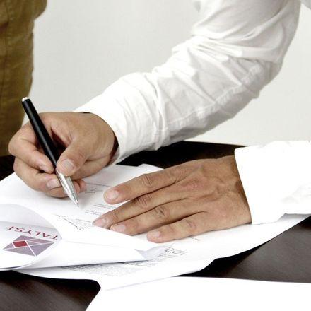 Co powinna zawierać umowa najmu okazjonalnego?