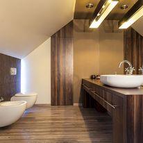 Łazienka na poddaszu - jak ją urządzić?