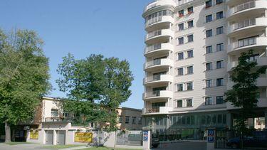 Leader House
